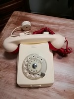 Dial telephone butter-colored, retro