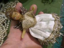 Viasz testű angyalka / karácsonyfadísz . Nem antik , inkább retro darab .