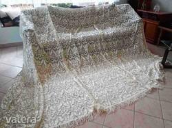 Exkluzív szépségű NAGY KLÖPLI CSIPKE függöny - 420x250 cm