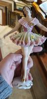 Dresdai porcelán ,Német táncosnő porcelán, 18 cm mgas, gyűjtőknek kiváló.