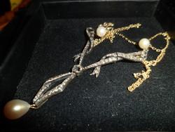Antik arany nyakék