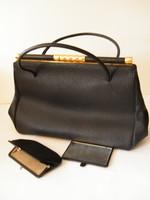 Nagyon szép fekete klasszikus bőrtáska, kézitáska pénztárcával, tükörrel