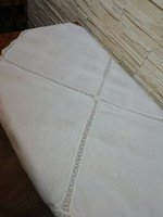 2 db 100*100 cm csipkebetétes damaszt asztalterítő