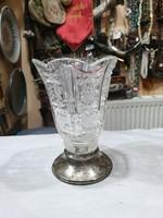 Ezüst talpas kristály váza