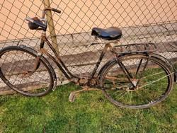 1940-50es évek! Hattyúnyak vázas Csepel Luxus, női kerékpár! Középső tengely még zsírzós! Ritkaság
