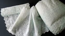 Díszes madeirás hímzett tekercs vitrázs,ruha,terítő,függöny... 12 MÉTER EGYBEN !!!!!