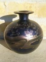 Pallme König vagy Kralik irrizáló váza
