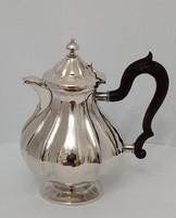 Ezüst teás kanna kiöntő