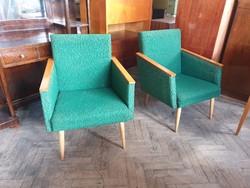 Retro régi kárpitozott fakarfás fotel mid century