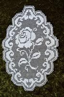 Csipke horgolt recehorgolás rózsa kézimunka terítő asztalközép asztali dísz lakástextil  62 x 41 cm