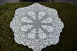 Csipke horgolt recehorgolás rózsa kézimunka kör terítő asztalközép dísz lakástextil  92 x 81 cm