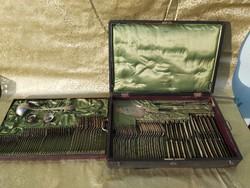 Szandrik 12 személyes, 106 db os évőeszköz készlet. 1900
