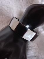 Régi  fekete-fehér gyöngyház karkötő