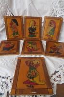 Fából készült, vésett, kézzel festett Hófehérke 7 törpéje képecskék (törpe)