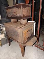 Ritkaság ! Öntöttvas szekrény kályha vaskályha 1890 múzeum nak vadász ház nak