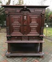 Reneszánsz kabinet szekrény