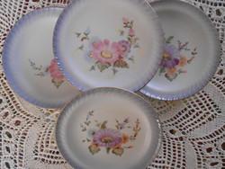 Csodaszép kézzel festett porcelán desszertes tányérok . 4 db.