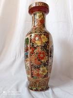 Kínai porcelán váza, matricás díszítéssel, XX.szd második fele.