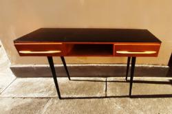 Extra retro, mid cenutry design íróasztal, laptop asztal Mojmir Pozar-tól