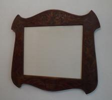 Szecessziós faragott képkeret üveggel 49,5 x 54 cm