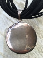 Ezüst nyaklánc-nyakék hasított bôrbôl és ezüstbôl