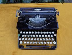 Antik Triumph Durabel fémvázas írógép táskaírógép magyar billentyűzet működőképes hibátlan állapotú
