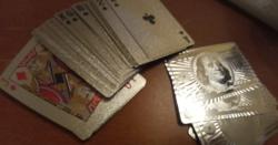 Ezüst 100 dolláros póker kártya