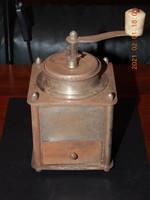 Antik fém (HKT) kávédaráló