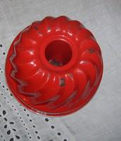 Régi  piros zománcozott kuglófsütő