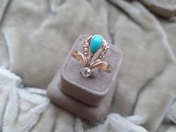 Szecessziós arany gyűrű türkizzel, brillel és apró gyöngyökkel