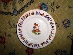 Antik gyermek figurákkal  porcelánfajansz tányér