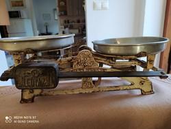 Antik konyhai mérleg