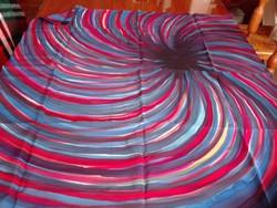 Eredeti dobozában Martin, bécsi, tiszta selyem kendő, 87 x 88 cm