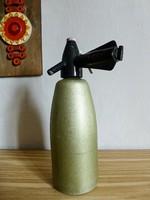 Retro,vintage színes egy literes szódásszifon