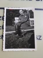 2 vh Német katona pihenés 6,5x9cm