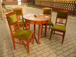 Antik szecessziós kártyaasztal / szalon garnitúra asztallal és négy réz papucsos székkel