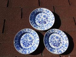 Antik hagymamintás Villeroy & Boch Saxony tányérok / 2 sütis + 1 nagy