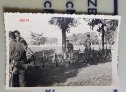 2 vh Német katona csoportkép, fegyverek 6,5x9cm