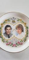 Lady Diana és Károly herceg esküvőjének emlékére készült porcelán tálka kistányér