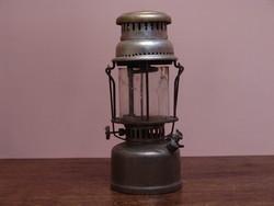Petromax antik petróleum lámpa