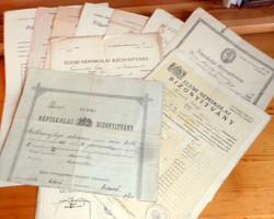 10 db. régi nép- és polgári iskolai bizonyítvány Bpest és környéke (1901-1944)
