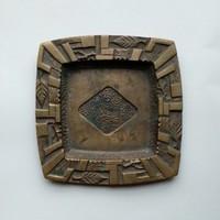 Bán Edit jelzetlen bronz hamutál