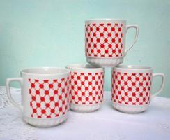 Szép piros pettyes porcelán bögre, vintage cseh  Lubenec / KVary