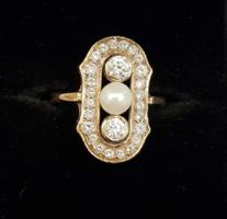 AKCIÓ -10% Nagyon szép, régi, mutatós, 14 K arany gyűrű fehér zafírral és gyönggyel