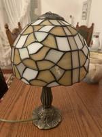 Tiffany asztali lámpa, sárgaréz