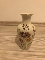 Zsolnay pillangó mintás váza  porcelán 16 cm magas