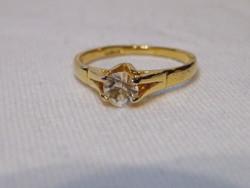 KK881 Elegáns aranyozott gyűrű 18 karátos arannyal futtatva