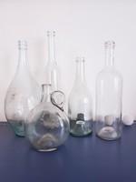 5 darab szép alakú régi fehér üveg együtt
