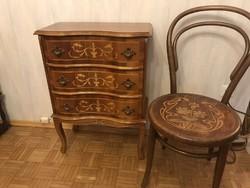 Antik barok intarziás 3 fiokos komod 60x80x30cm és egy intarziás tonett szék