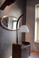 Állólámpa bárszekrénnyel, fújt üveg búrával, mid century, felújított